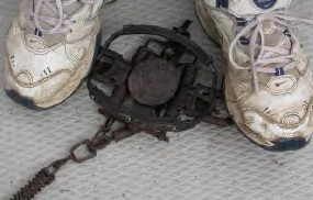 coil spring foot trap